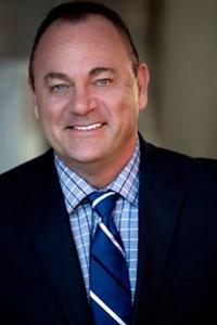 Robert Stohr Headshot